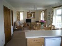 Rowan Cottage, West Drip Farm Holiday Accommodation, nr Stirling FK9 4UJ